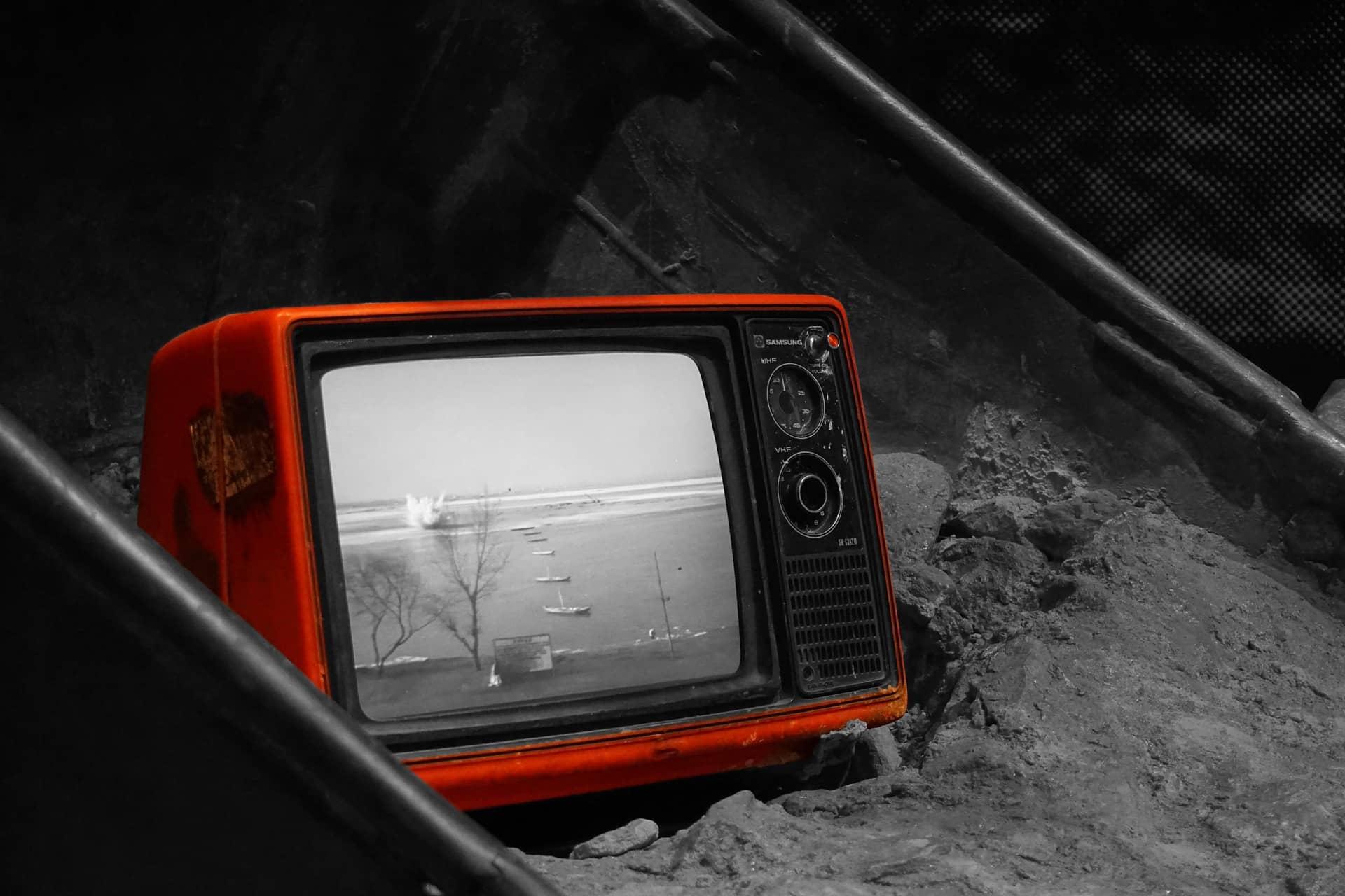 Programmi TV, cosa guardare stasera 6 ottobre