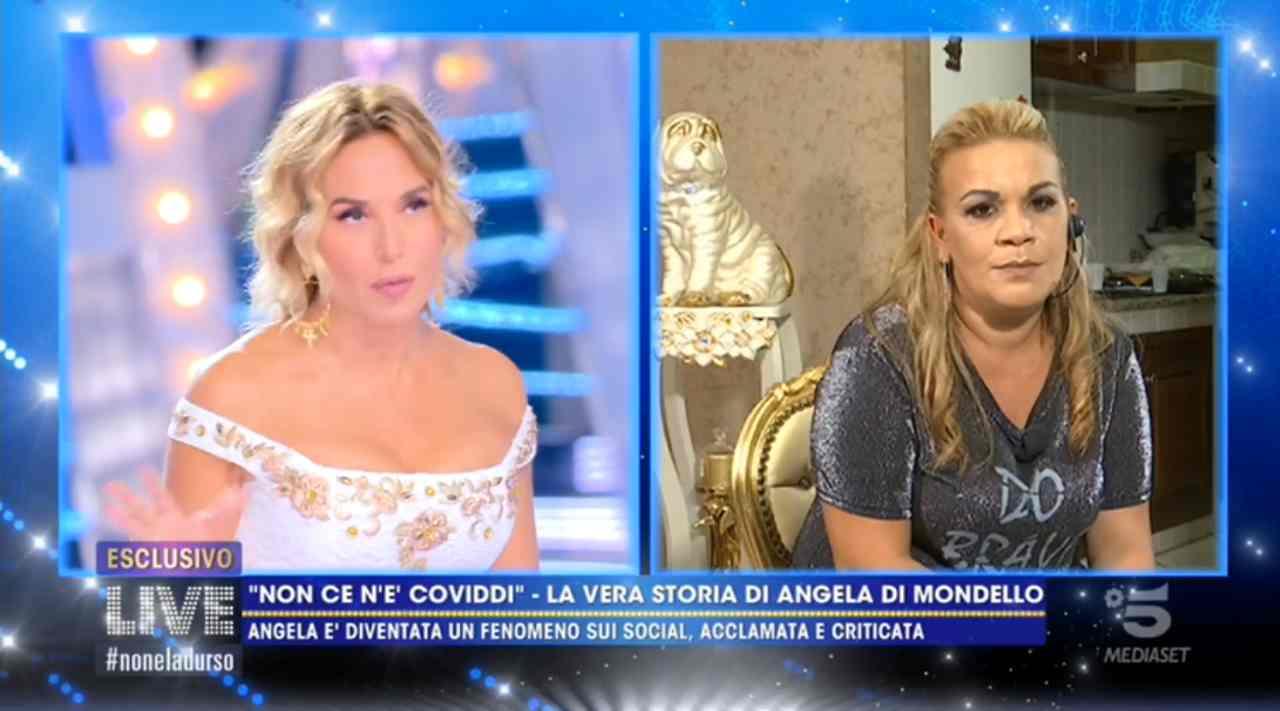 """Angela da Mondello di """"non ce n'è coviddi"""" a Live Non è la D'Urso, svela i suoi problemi con la giustizia"""