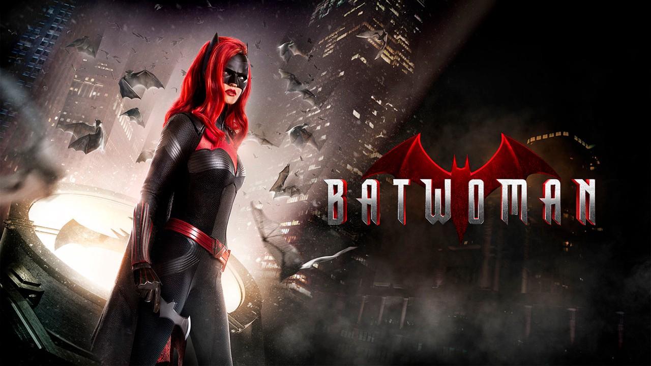 Batwoman, ecco il video che svela il ritorno sul set della seconda stagione
