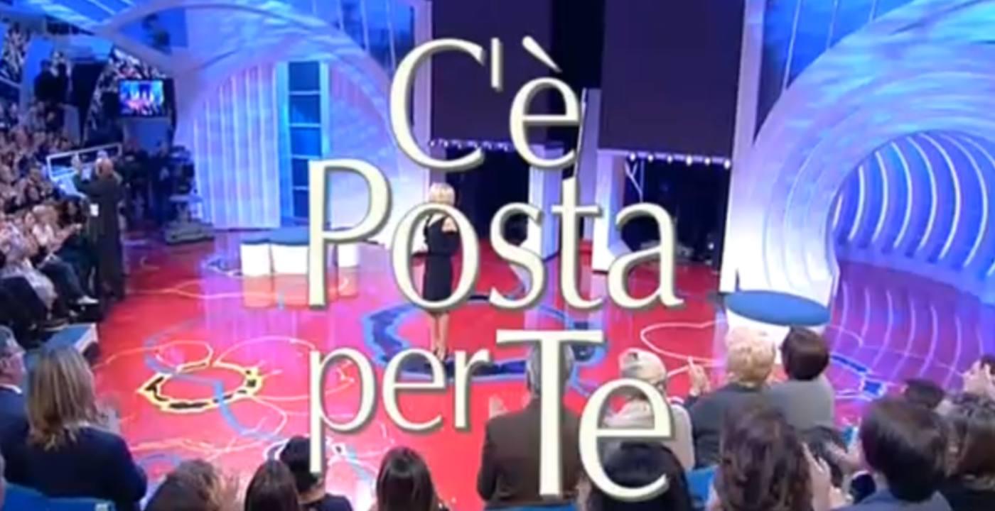 C'è Posta per Te, c'è la data ufficiale del ritorno su Canale 5