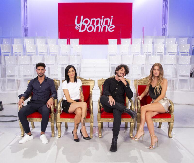 Anticipazioni Uomini e Donne puntata del 14 settembre: Gemma gelosa di Sirius, Sophie 'ruba' Facundo a Jessica
