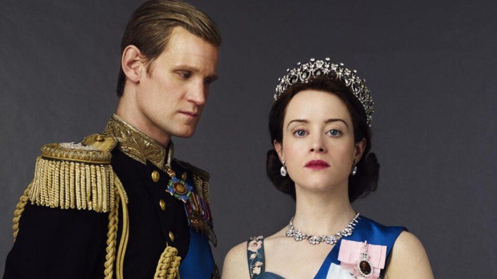 Elisabetta II e il principe Filippo in The Crown