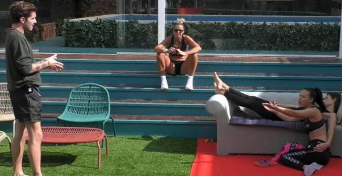 Adua Del Vesco svela a Tommaso Zorzi di aver mentito (ancora): la verità sull'incontro in hotel (VIDEO)
