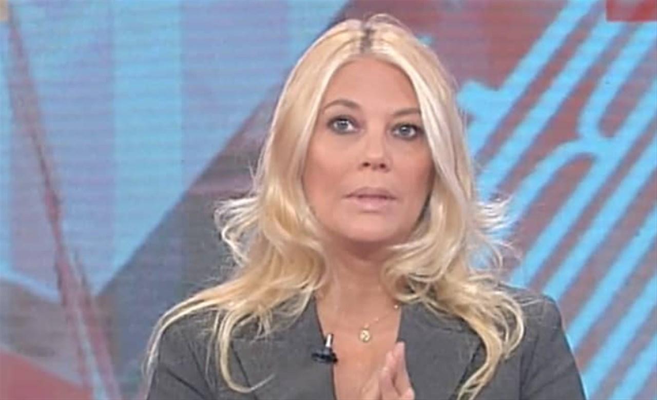 Eleonora Daniele attacca Chiara Ferragni: Fedez difende la moglie e i fan seguono il suo esempio