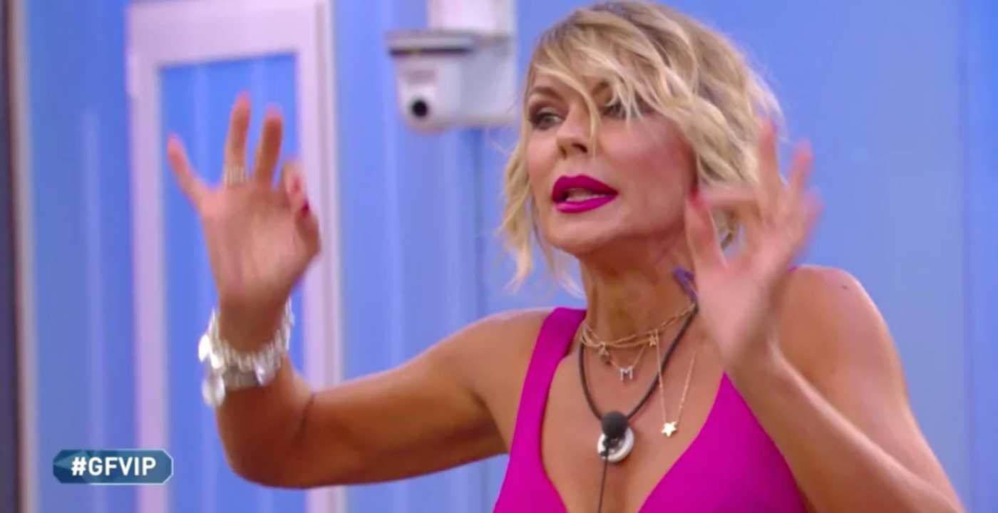 "Grande Fratello Vip 5, Matilde Brandi esplode: ""È partita una denuncia"""