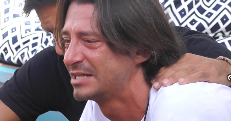 Francesco Oppini contro Zorzi scoppia in lacrime al GF VIP 5: 'Non sono stratega'