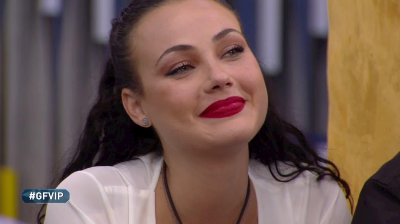 Rosalinda Cannavò lasciata dal fidanzato al Grande Fratello si butta su Zenga?