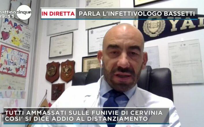 Le critiche dell'infettivologo Matteo Bassetti per il nuovo Dpcm a Mattino 5