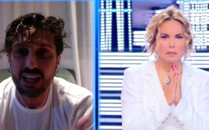 Fabrizio Corona choc a Live Non è la D'Urso: 'Nina Moric psicopatica' (VIDEO)