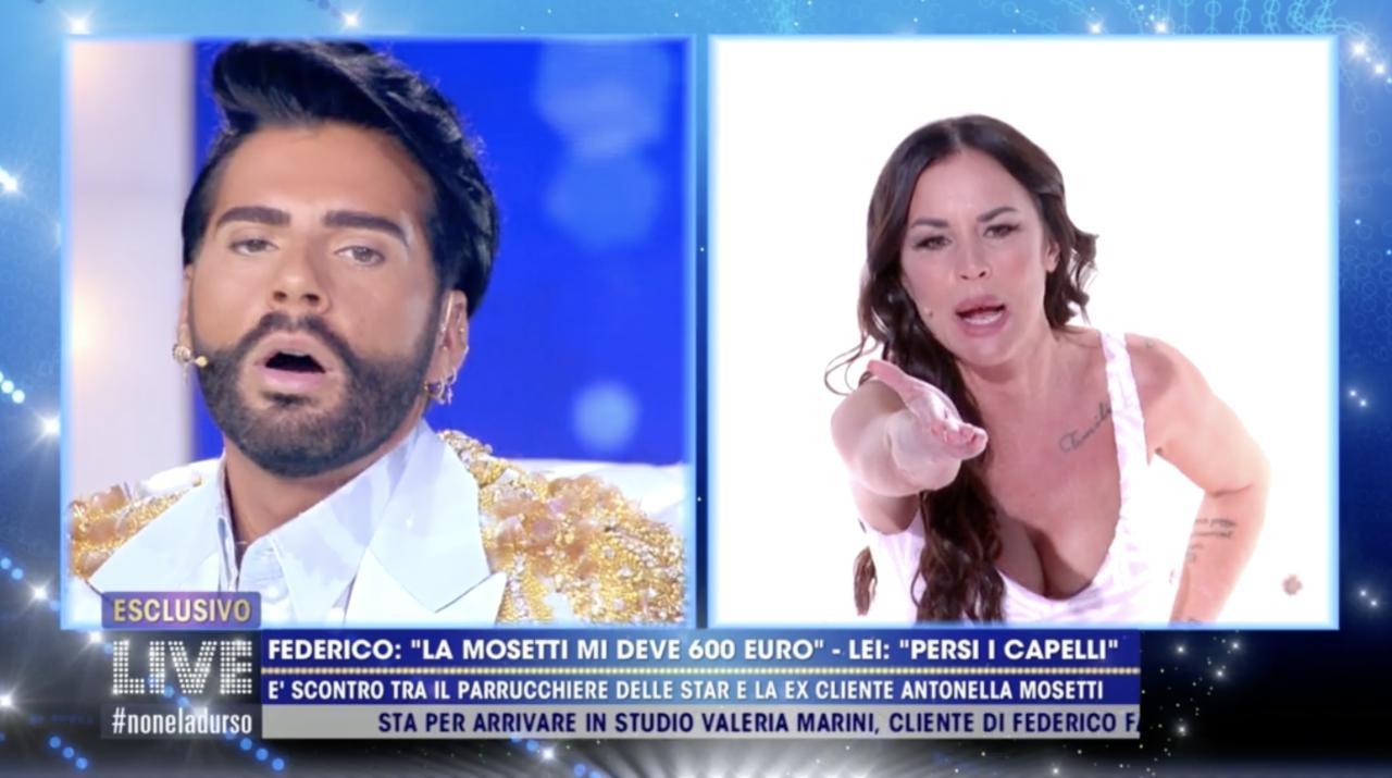 Antonella Mosetti e Federico Fashion Style, nuovo scontro a Live Non è la D'Urso: 'Perecottaro, ti ho pagato in nero'
