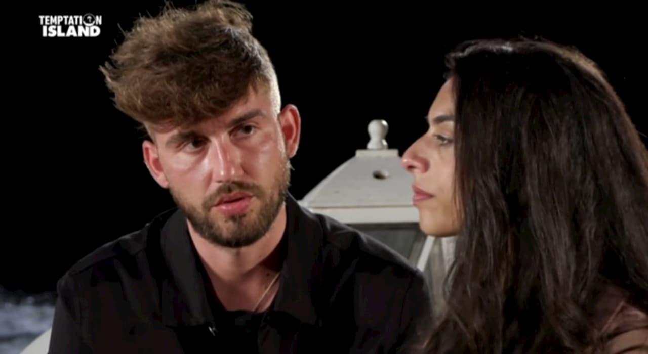 Temptation Island, Salvo passa da single a innamorato di Francesca in un lampo