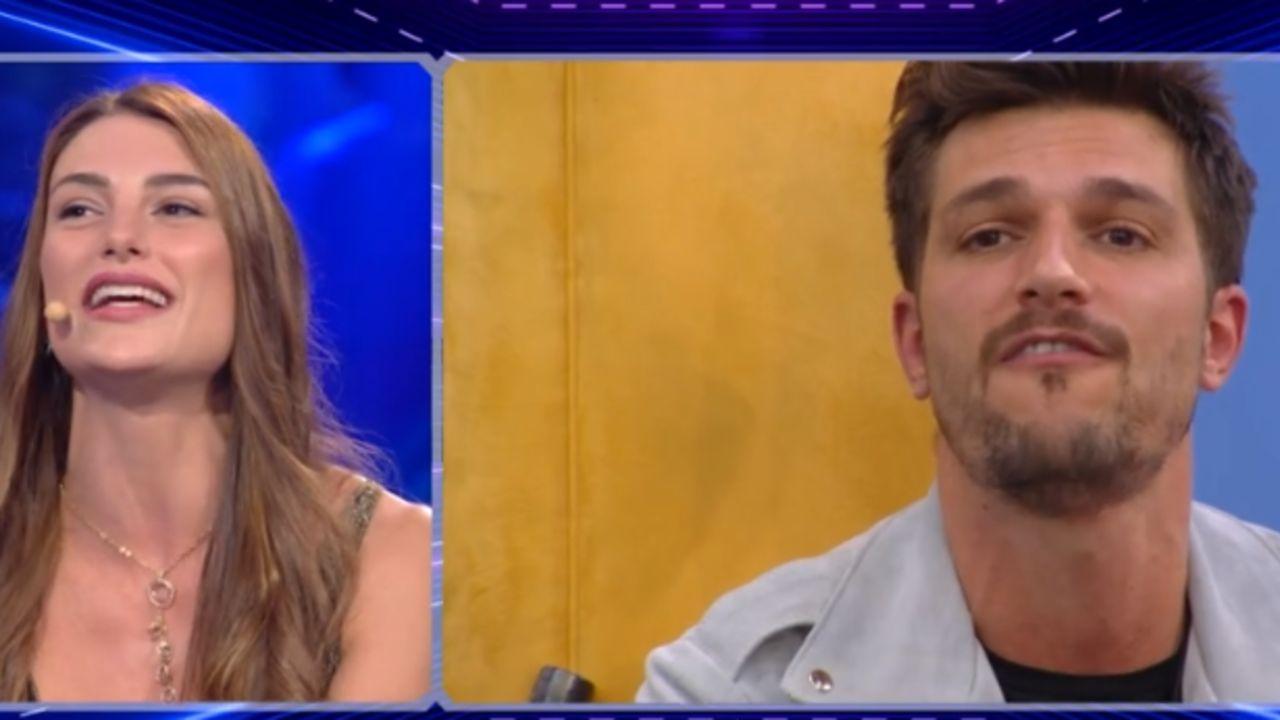 Franceska Pepe contro Andrea Zelletta al GF VIP 5: 'Ciao comodino' e lui scoppia in lacrime