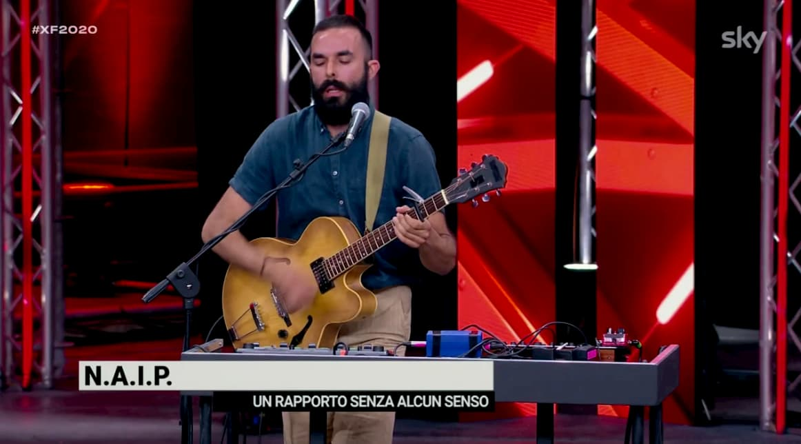 """X Factor, l'inedito di Naip """"Un rapporto senza alcun senso"""" conquista Mika (video)"""