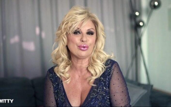 Uomini e Donne, Tina Cipollari derubata in un bar a Roma: cosa è successo