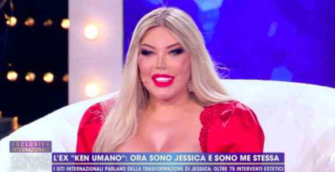 """Jessica Alves, ex Ken Umano a Non è la d'Urso: """"Non sono un mostro"""" (video)"""