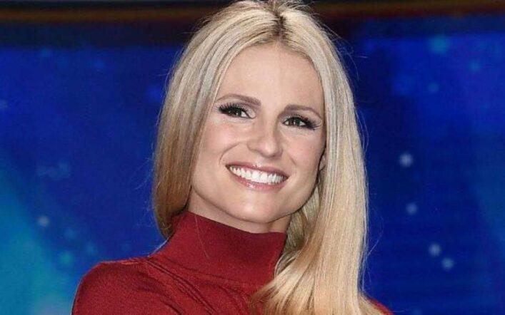 Striscia la Notizia, anticipazioni puntata 29 marzo: ritorna Michelle Hunziker