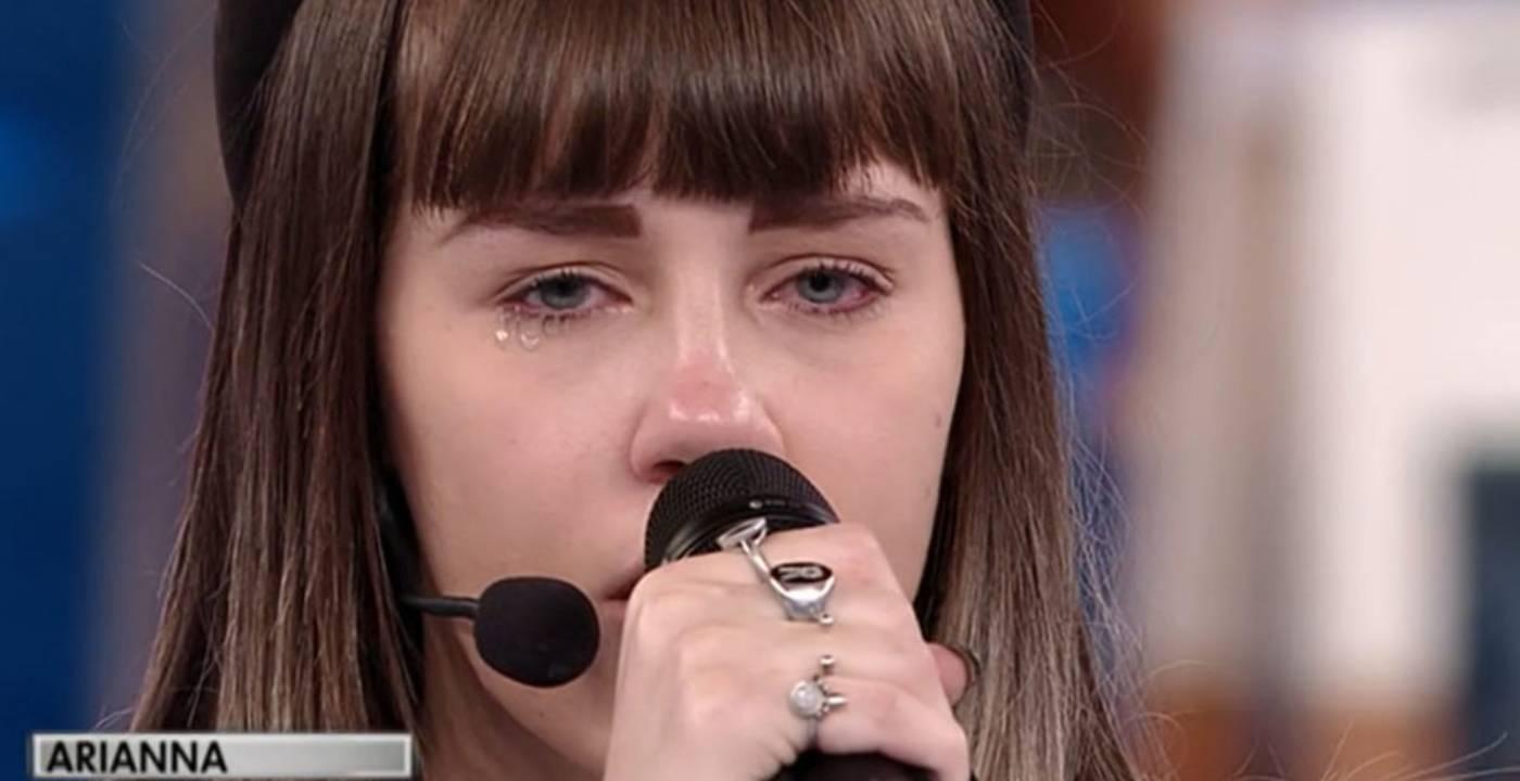 """Amici 20, Arianna Gianfelici racconta la sua triste storia: """"Papà ha avuto un infarto mentre guidava"""""""