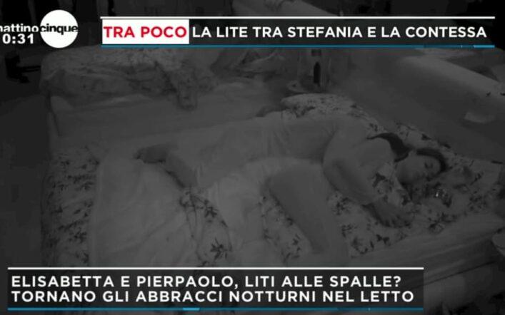 Elisabetta Gregoraci e Pierpaolo tornano ad abbracciarsi a letto, Federica Panicucci non la prende benissimo