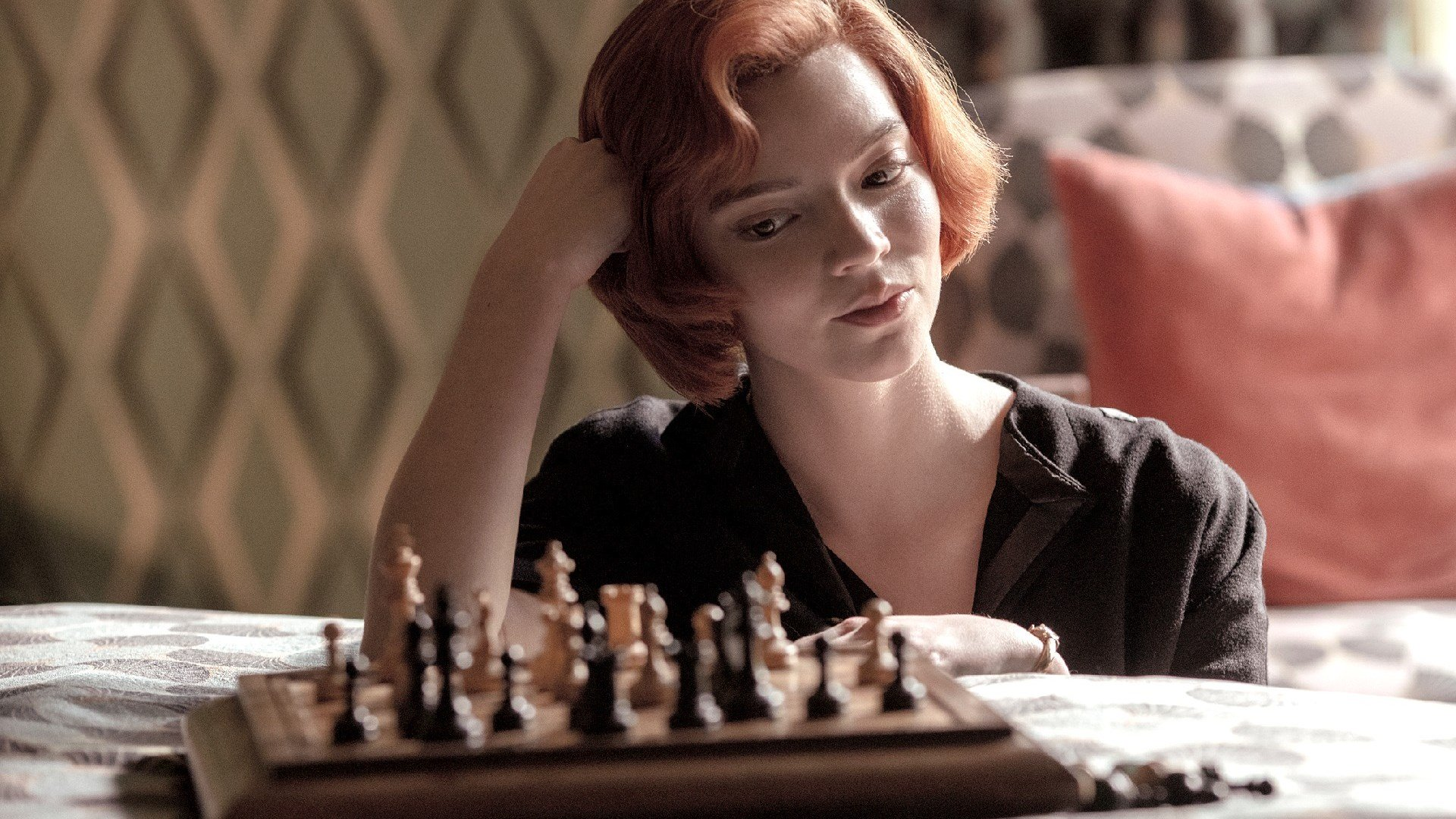 La regina degli scacchi, un fan trova un'errore a tema Marvel e DC