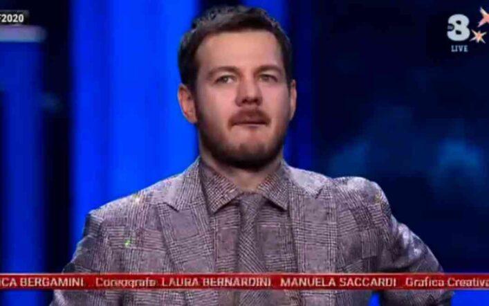 Alessandro Cattelan ha lasciato X Factor per la Rai? Intanto, va ospite da(i) Fuoriclasse!