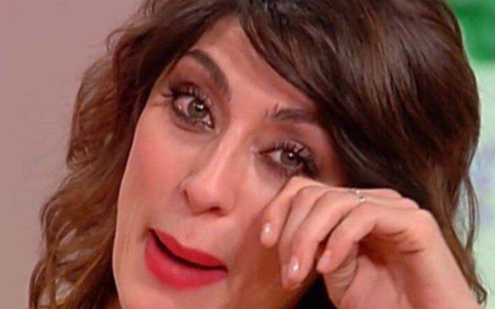 Elisa Isoardi, veto dalla Rai: non condurrà Check-up per un brutto gesto a Ballando
