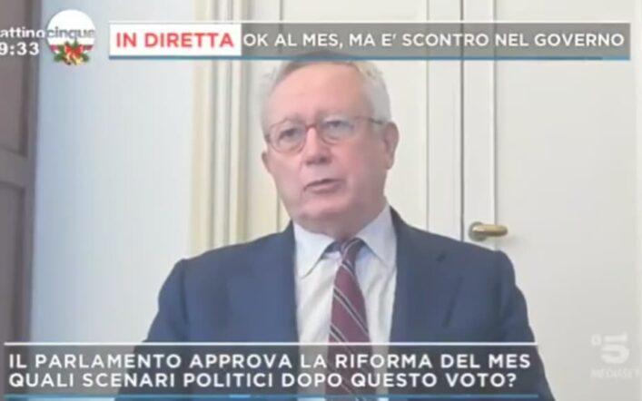 Giulio Tremonti, ospite di Mattino 5, spiega quali sono gli scenari per l'Italia con la riforma del MES