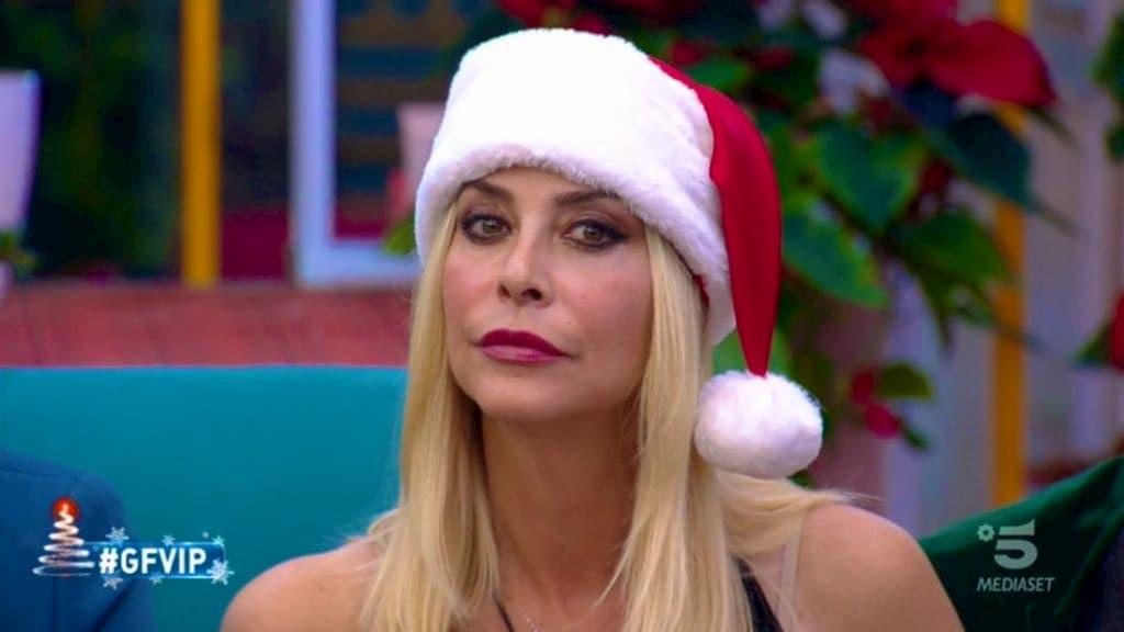 Stefania Orlando pronta alla resa dei conti con Samantha De Grenet