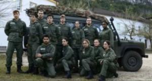 Nel cast del docu-reality La Caserma un ex de Il Collegio, George Ciupilan, e due star di Tik Tok, Lapresa Twins.