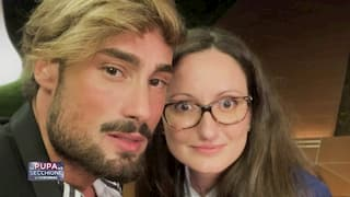 Gianluca e Giulia, coppia de La pupa e il secchione