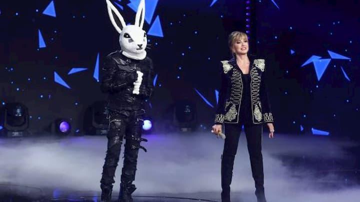 La maschera del Coniglio ne Il Cantante Mascherato 1