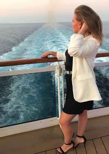 Martina Albertoni su una nave da crociera