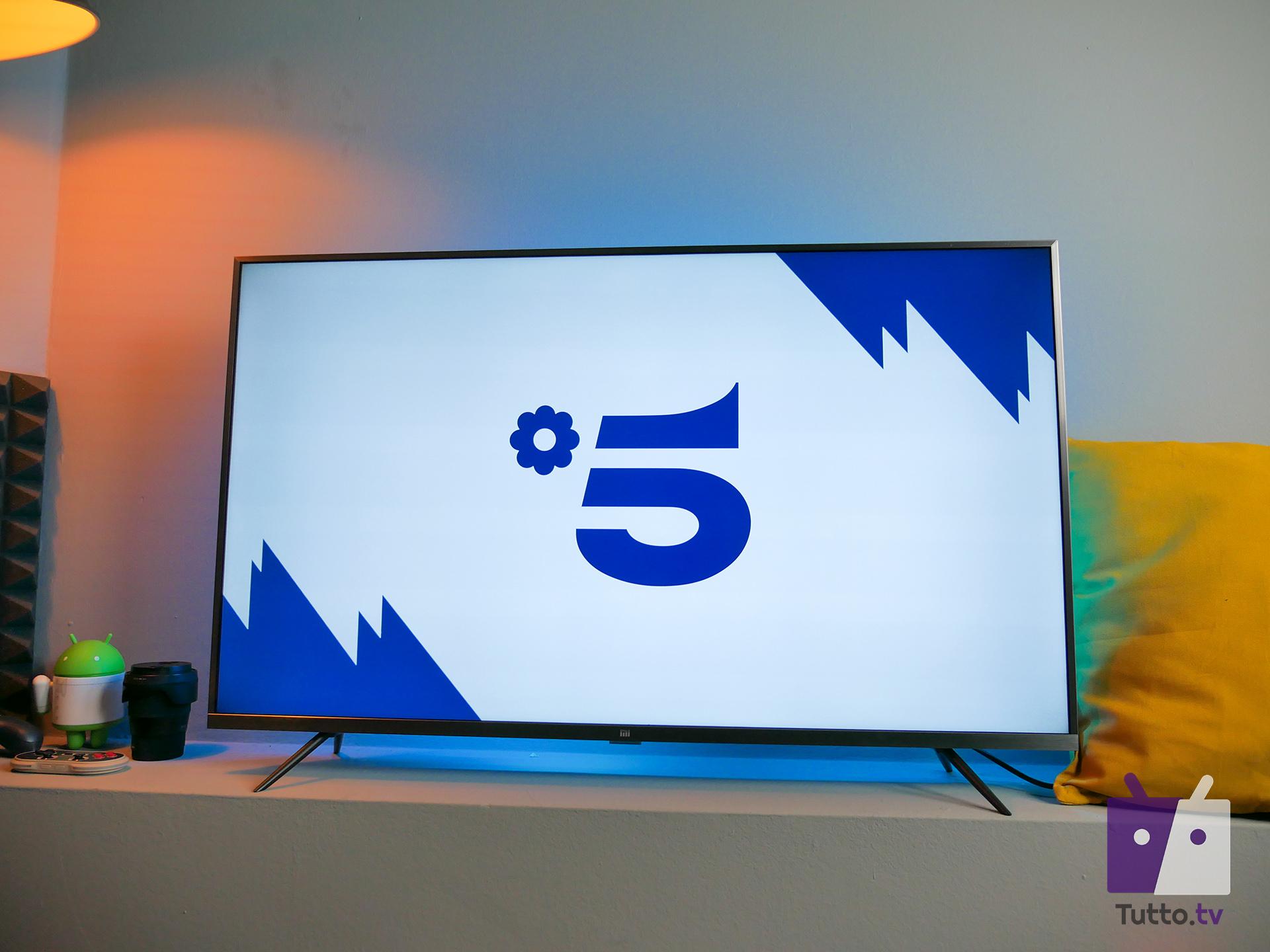 Programmazione Canale 5, cosa vedere oggi in diretta tv e streaming