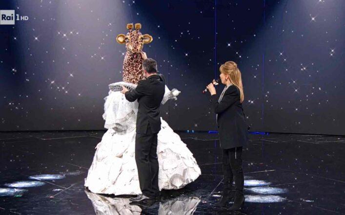 Il Cantante Mascherato, puntata 12 febbraio: eliminata la Giraffa. L'identità