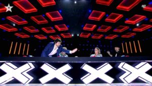 Frank Matano preme Golden Buzzer per Giustino di Ortona nella terza puntata di Italia's Got Talent 2021