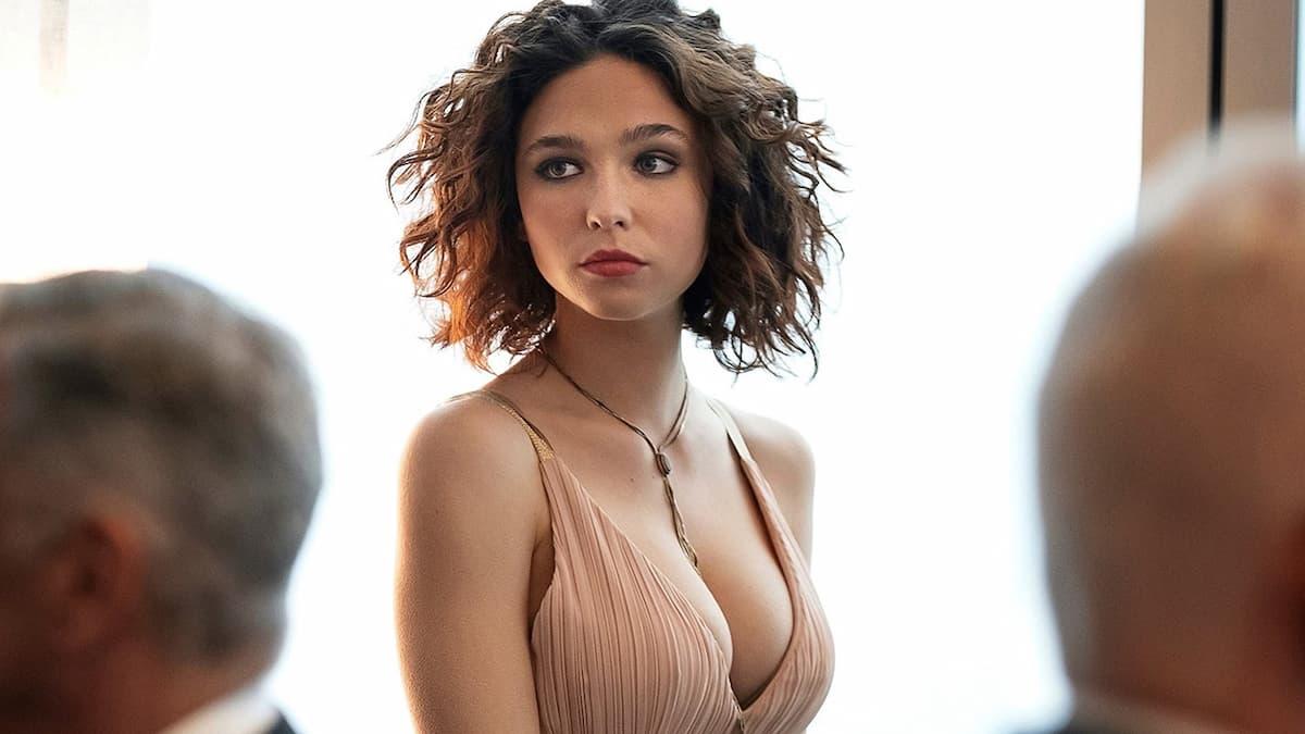 Matilda De Angelis, chi è la co-conduttrice di Sanremo 2021