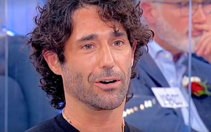 Uomini e donne, pioggia di critiche per Luca, lui si difende: 'Ero arrabbiato'