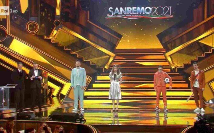 Sanremo 2021, le due nuove proposte che sono passate alla puntata di venerdì