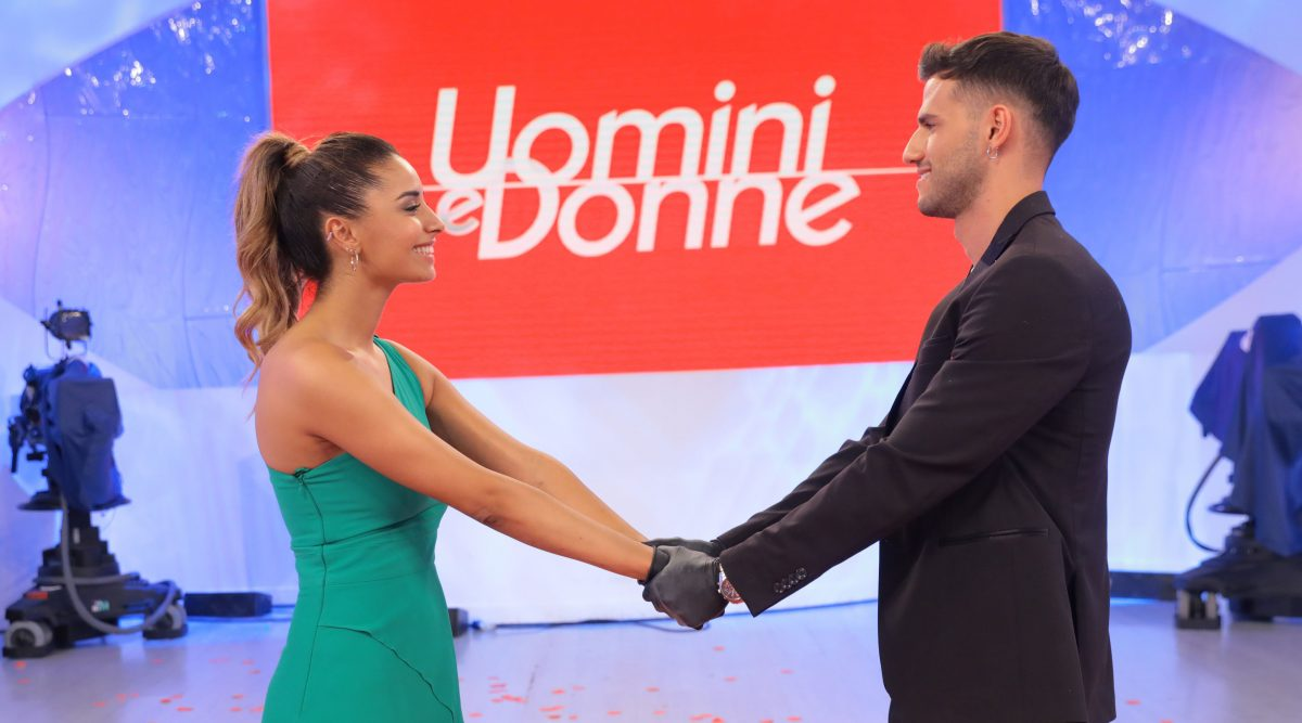 Uomini e Donne, la tronista Sara Shaimi e Sonny Di Meo sono tornati insieme